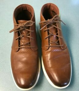 Cole Haan Grand Tour Chukka ( Men's Size 11) Brown Ivory Leather Boots C29589