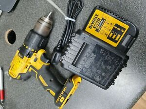 Dewalt DCD778 Drill With Charger & 4.0aH Battery