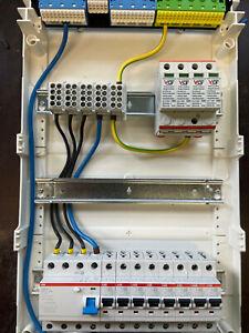 Unterverteilung Aufputz Verteiler Sicherungskasten Elektro  Bestückt mit Tür ABB