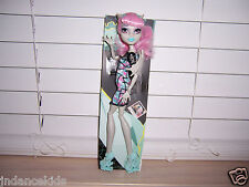 Monster High ROCHELLE GOYLE Ghoul Chat Doll New Loose Kmart Exclusive