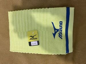 Mizuno sport / Golf / tennis Towel - YELLOW only available in Japan 120cm x 60cm