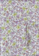 petite  piece de tissu motifs fleurs - leger -