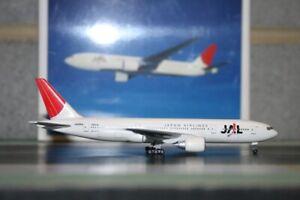 Herpa Wings 1:500 JAL Japan Airlines Boeing 777-200 JA8984 (506625) Model Plane