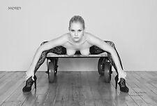Liz Ashley 4177BW, Black & White Fine art nude, signed photo by Craig Morey
