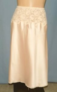 Absolutely Gorgeous Christion Dior 26-Inch Pink Half Slip Size Small