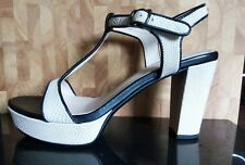 BELLISIMO by Paver's ~ Cream Block Heel Sandal / SHOE Size 5 Slim fit