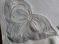 8 Elegant Vintage MADEIRA Handmade Linen Organdie Applique Napkins Ecru