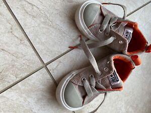 Converse All Star Toddler Size 8 tan/orange