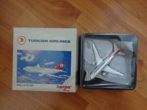 500944 HERPA WINGS 1:500 TURKISH AIRLINES AIRBUS A310-300 DIECAST PLANE