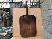 OLD ANTIQUE PRIMITIVE WOODEN MASSIVE BREAD BOARD DOUGH PLATE SHOVEL WITH HANDLE