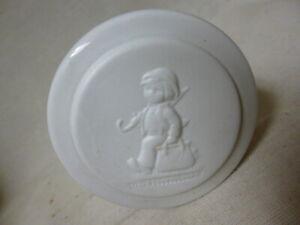 "rare old ""WHITE"" MI Hummel  Hum ??    box / figurine  Merry Wanderer"