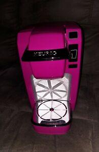 Pink Fuschia Keurig coffee maker Single Cup Model: K10