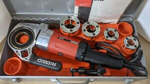 Ridgid  600 Portable Power Pipe Threader with 4 dies and metal case.