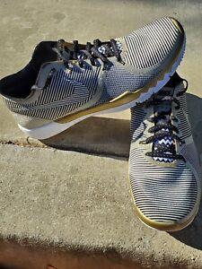 Nike Free Trainer 3.0 V4 NFL Super Bowl 50 Gold Black Mens Size 11.5 749374 070