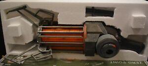 NECA Half-Life 2 Zero-Point Energy Field Manipulator / Gravity Gun Replica