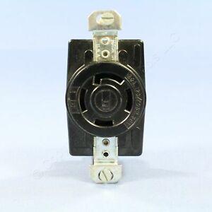 Bryant Black Non-NEMA Locking Receptacle Turn Outlet 30A 120/208V 3-Phase Y 3430