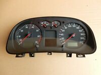 VW BORA GOLF 4 2002 KM DASH SPEEDO CLOCK 1J0920826 40#569