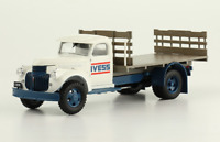Chevrolet 2TN 1946 IVESS Truck Rare Argentina Diecast Scale 1:43 + Magazine
