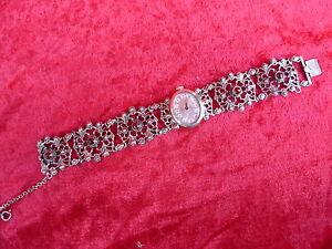 schöne,alte Armbanduhr__835 Silber__Trachtenschmuck__mit Steinen__Handaufzug_ !