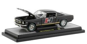 M2 Machines 1966 Ford Mustang Fastback 2+2 GT Hurst Black Gold 1:24 R79