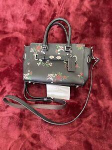 Authentic COACH Stitch  Floral Cosmetic Case Crossbody Black Bag-excellent Con