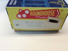 """Roundhouse #3083 HO scale """"Pacific Fruit Express"""" 35' O/T reefer  Rd. #7102"""