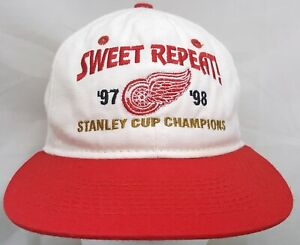Detroit Red Wings NHL Headmaster 97/98 Stanley Cup Champs adjustable cap/hat