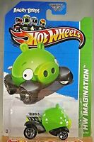 "LOT OF 4 Hot Wheels Angry Birds  /""Red Bird And Minion Pigs/"" 2012"