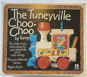 Tomy Vintage 1975 Tuneyville Choo Choo Train w Four Record Discs With Box