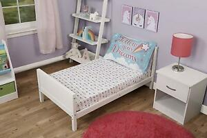 Unicorn Hearts 2pc Toddler Bed Sheet and Pillowcase Set