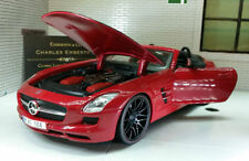Voitures, camions et fourgons miniatures orange pour Mercedes