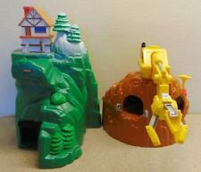 LOT OF 7  FISHER PRICE GeoTrax BUILDINGS 2003-2004