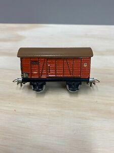 Marklin  381.5  Boxcar, w/t large silver loop couplers.  3 Springs. Only in 1945