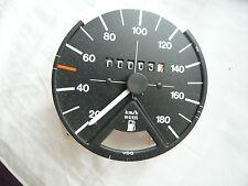 Golf1 Geschwindigkeitsmesser, Mit Ausschnitt Fuer Kraftstoffvorratsanzeiger
