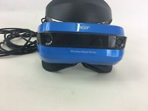 Acer AH101 Windows Mixed Reality Headset with Right Hand Wireless Controller