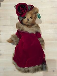 Bearington Collection Victoria Rose NEW condition limited edition bear velvet