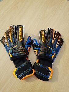 Size 8 Reusch Attrakt G3 Fusion Goaliator Goalkeeper Gloves NEW 5070993