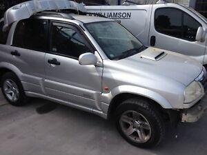 2004 SUZUKI GRAND VITARA 1 X WHEEL NUT FULL CAR FOR SPARES PARTS
