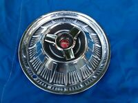 "15"" 1964 FORD THUNDERBIRD SPINNER TYPE HUBCAP WHEELCOVER (1) TOTALLY ORIGINAL"