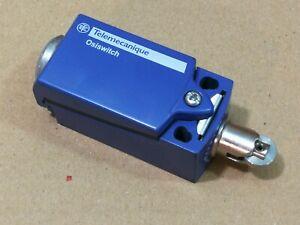 Telemecanique ZCD21 Snap Action Limit Switch NO/NC Roller Plunger 250V IP67 *
