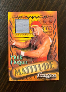 Hulk Hogan 2003 Fleer WWE Aggression #MHH Matitude event-used Mat Relic - NM-MT