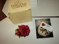 1 HARMONY KINGDOM - Lord Byron's Harmony Garden - Carnation Edit  1 - New In Box