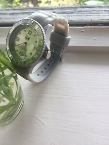 ice watch grau, ohne Batterie, neu