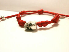 "Pulsera gotica artesanal ""Layla"" charm calavera - color roja (amuleto)"