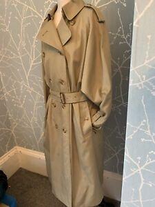 Vintage Womans Burberrys Mackintosh Size 12 Classic Iconic Coat