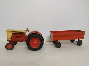 1/16 Ertl Farm Toy CASE 930 Tractor with wagon