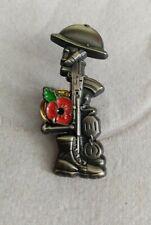 poppy pin badge. Soldier,  helmet,rifle ,boot,dog-tag poppy badge