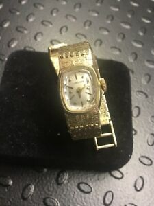VINTAGE ELEGANT LONGINES 14kt SOLID GOLD WOMENS WRIST WATCH HEAVY GOLD