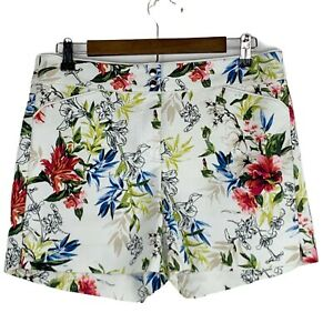 WHBM White House Black Market Floral Print Flat Front Shorts Size 6 Pockets