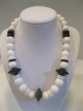 Vintage Black & White Bead Necklace 16.5""